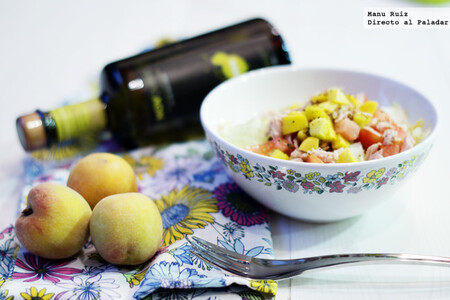 Receta de ensalada de atún, melocotón y pimienta de limón