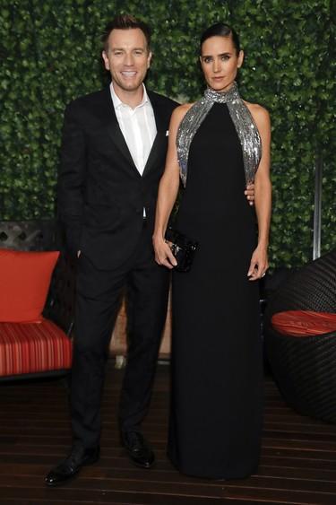 Ewan McGregor siempre viste de negro y siempre lo hace bien