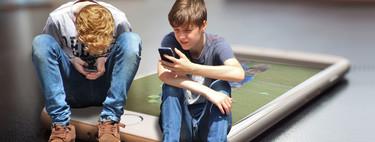 'Un móvil no puede ser un regalo para un niño porque los regalos no tienen condiciones': así afectan las pantallas a la vida familiar