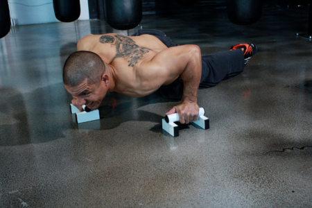 Cuida tus codos al entrenar
