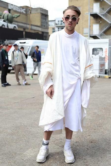 El Mejor Street Style De La Semana Adopta El Blanco Para Recibir La Primavera 09
