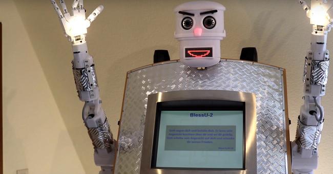 500 años después de Lutero, Alemania quiere revolucionar otra vez la cristiandad con un robot cura