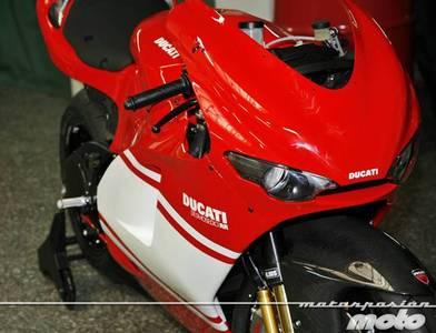 Ducati Desmosedici RR, toma de contacto (características y curiosidades)