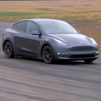 Primeros análisis del Tesla Model Y: su aceleración promete, pero se han detectado defectos en sus acabados