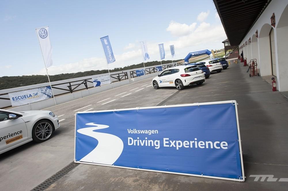 Volkswagen Driving Experience Escuela R 027