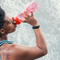 LVL: la pulsera que monitoriza tu hidratación en tiempo real