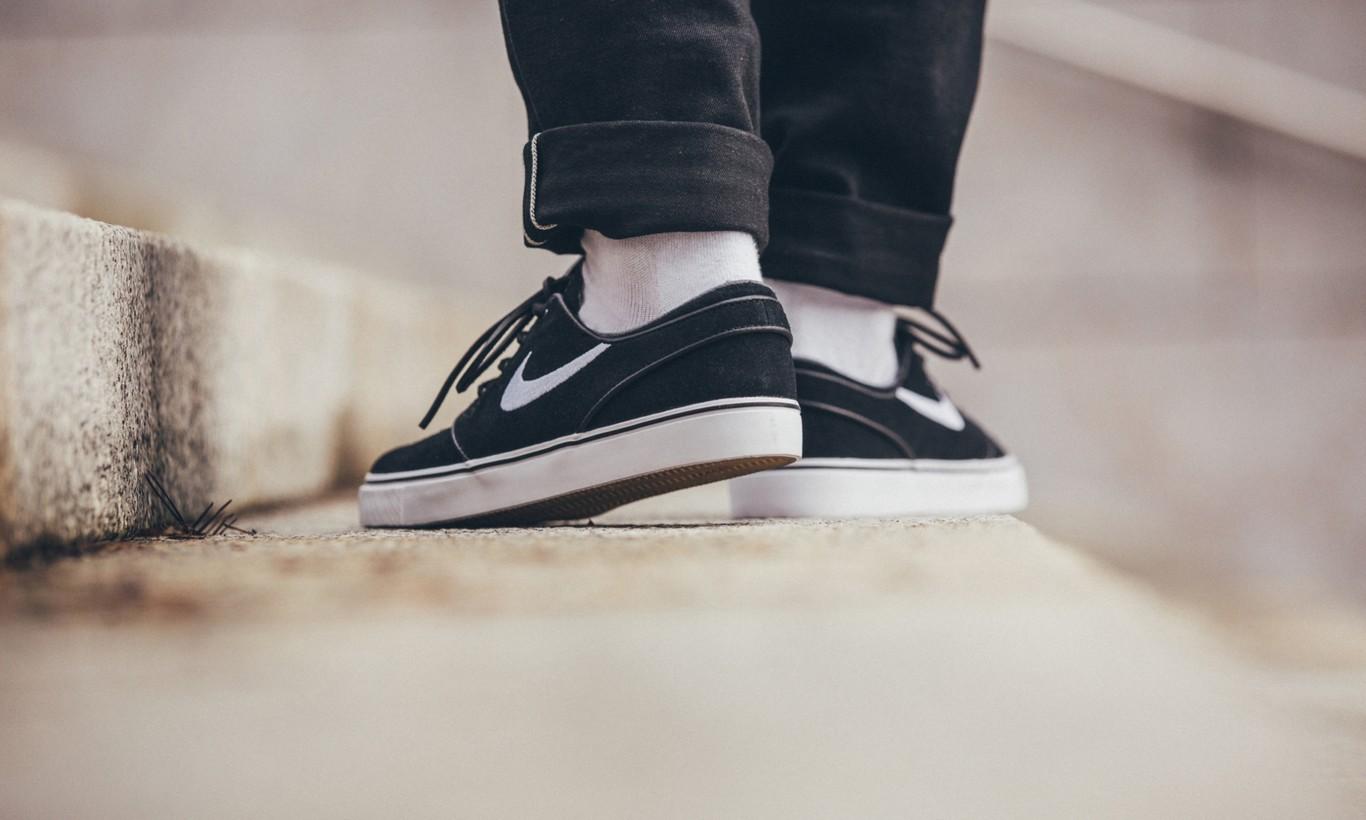 6 zapatillas de primeras marcas que encontrarás hoy en oferta 76e146e20d4