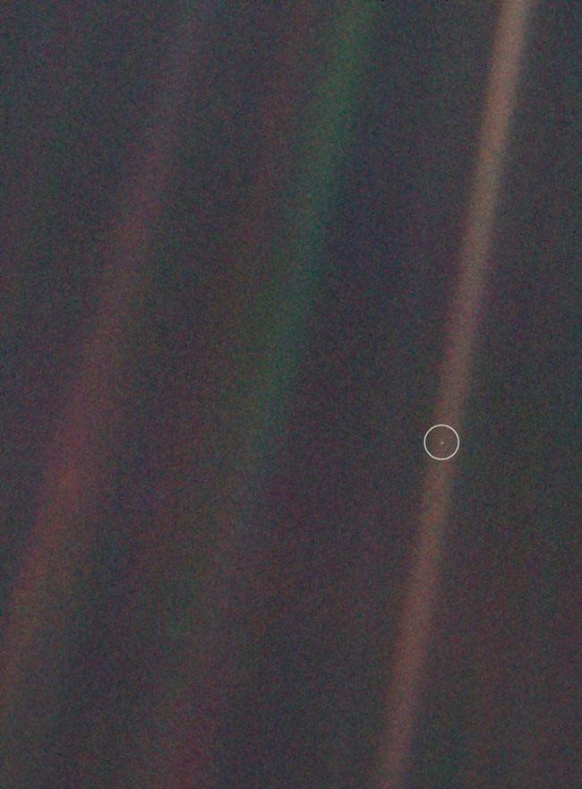 Se cumplen 25 años de la asunción de la que Tierra es un punto azul pálido