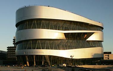 El Museo Mercedes-Benz muestra la historia del automóvil