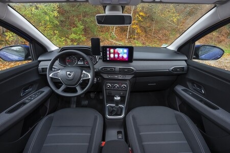 Dacia Sandero Interior 1