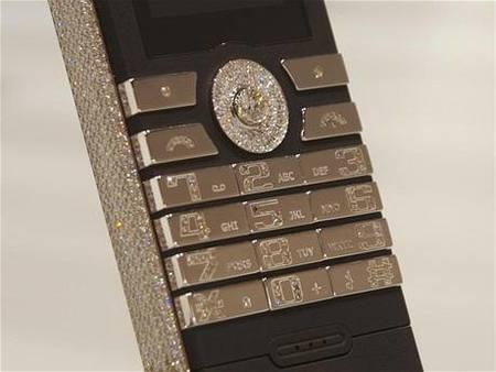Goldvish Revolution, teléfono de lujo con diamantes
