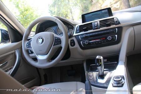 BMW 320d Touring interior