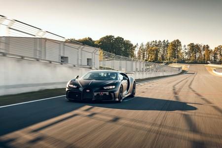 Bugatti Chiron Pur Sport Sale A Correr En La Pista 4