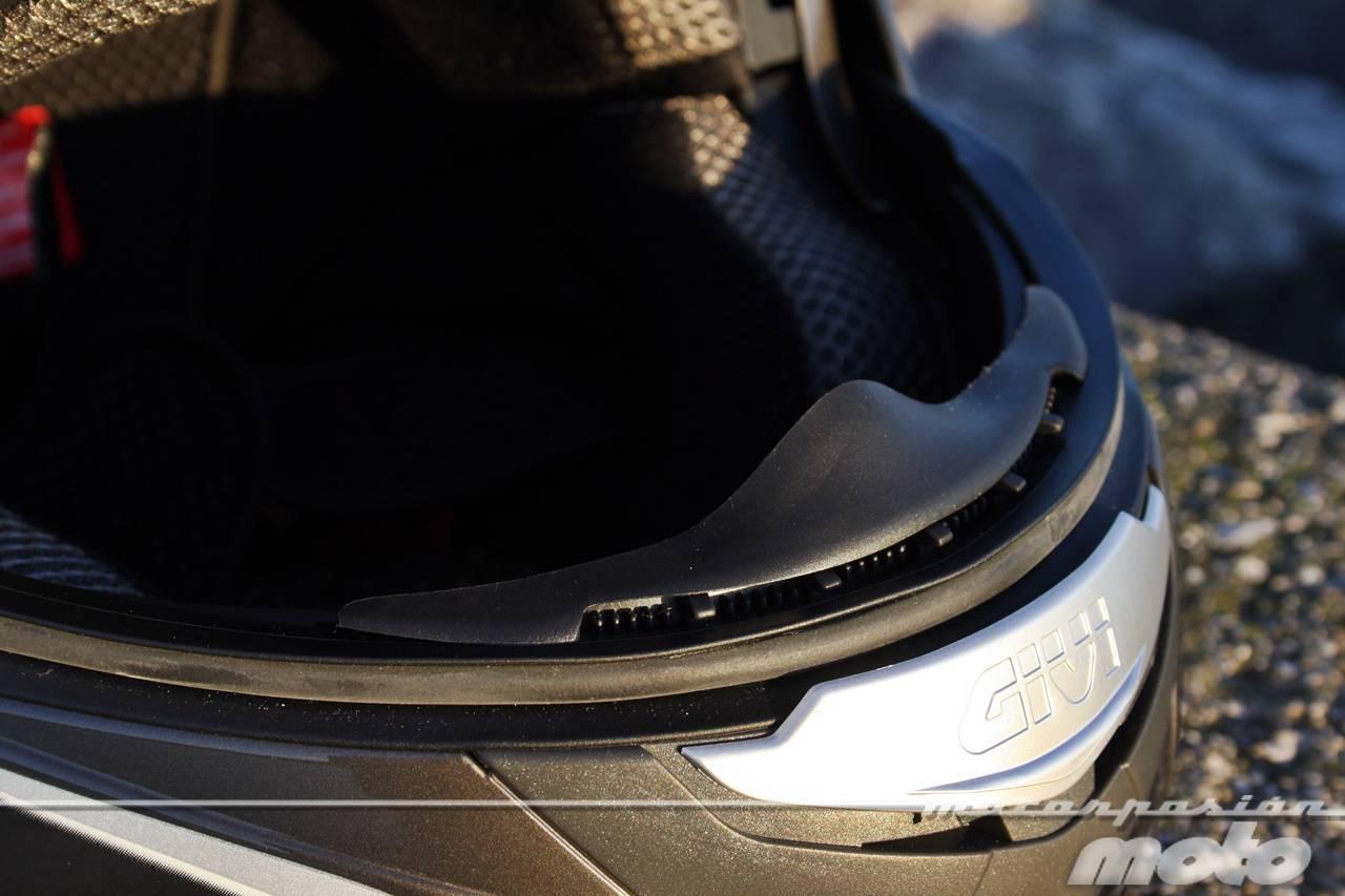 Foto de GIVI X.09, prueba del casco modular convertible a jet (12/38)