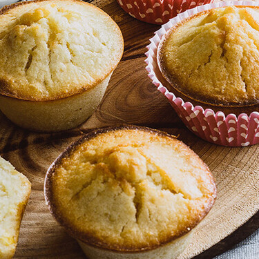 Muffins de elote y vainilla. Receta fácil de postre para niños