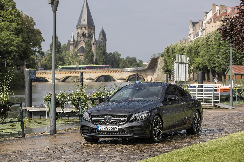 Foto de Mercedes-Benz Clase C 2018, toma de contacto (158/255)