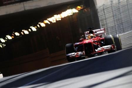 Al Ferrari de Fernando Alonso se le atraganta el frío