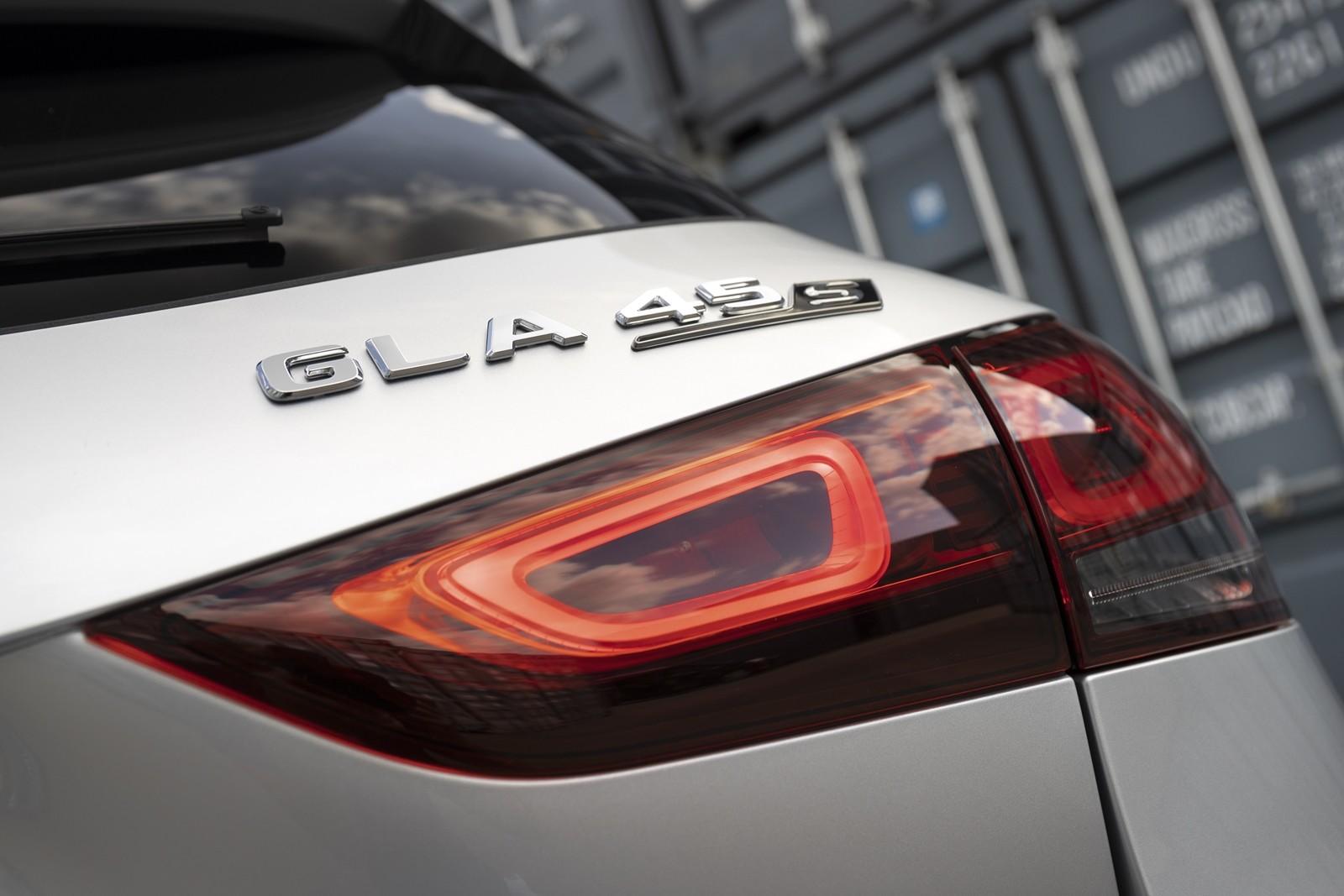 Foto de Mercedes-AMG GLA 45 S 2020 (1/28)
