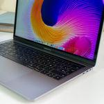 Aparece un nuevo MacBook Pro con procesador de seis núcleos y 32GB de RAM en Geekbench
