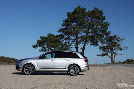 Audi Q7 Ultra lateral