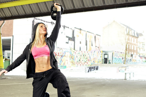 Guía Crossfit (L): kettlebell turkish get up o levantamiento turco con pesas rusas