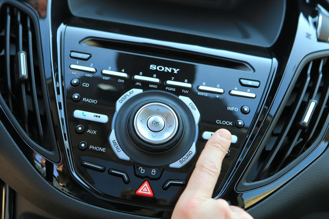 Ford B-MAX - SONY - SYNC