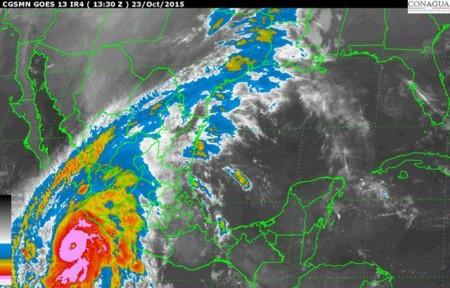 Patricia se convierte en uno de los huracanes más intensos de la historia