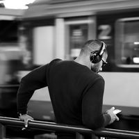 Los audiolibros llegan a Google Play Store, también puedes escucharlos en México