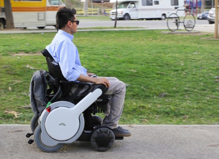 Whill, la primera silla de ruedas eléctrica que podrá ser prescrita como dispositivo médico
