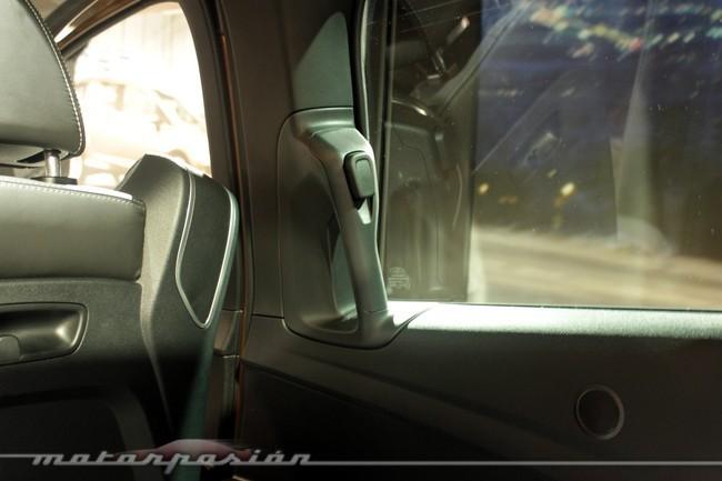 Ford B-MAX, botón de apertura