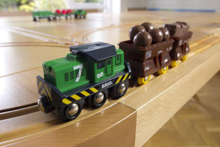 TrackTile, la mesa de comedor por donde pasa el tren