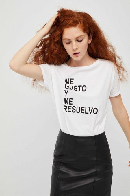Las camisetas de Dolores Promesas vienen dispuestas a conquistar el 'street-style' y además están en rebajas