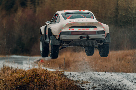 Singer All Terrain Competition Study porsche 911 safari dakar
