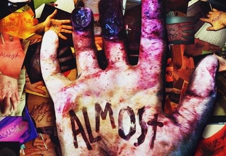 VX en corto: una novela gráfica interactiva, zombis impacientes, e indis nipones