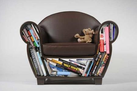 sofa libros