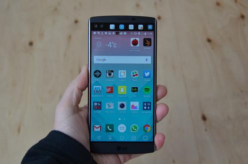 LG V10, análisis: directo a competir con los mejores gracias a su doble pantalla y magnífica cámara