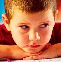 El estrés infantil podría dañar el cerebro