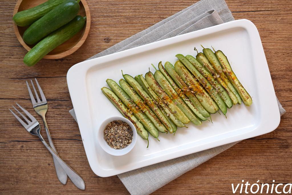 13 recetas ligeras con pepino para hidratarte este verano