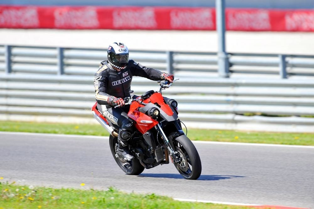 Foto de La evolución de la Moto Morini Granpasso (1/4)