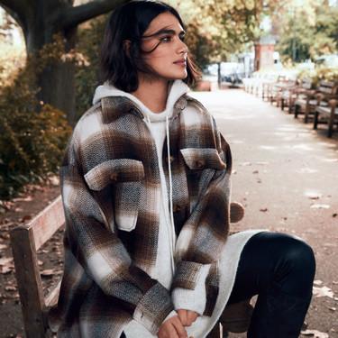 H&M lanza una serie de prendas indispensables y básicas para tu día a día (pero marcando la diferencia)