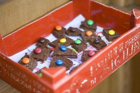 """Cocinar con niños: receta para hacer chocolatinas """"crunch"""""""