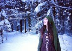 Ella es Naviana y desde hace 12 años adoptó la vida de cuento de hadas en un bosque nórdico