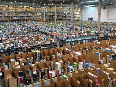 Amazon pone en el punto de mira a la banca prestando mil millones de dólares a pequeñas empresas en un año. Y es solo el principio
