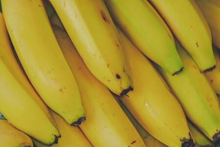 Cómo aprovechar las cáscaras de plátano y evitar residuos alimenticios para ayudar al medio ambiente