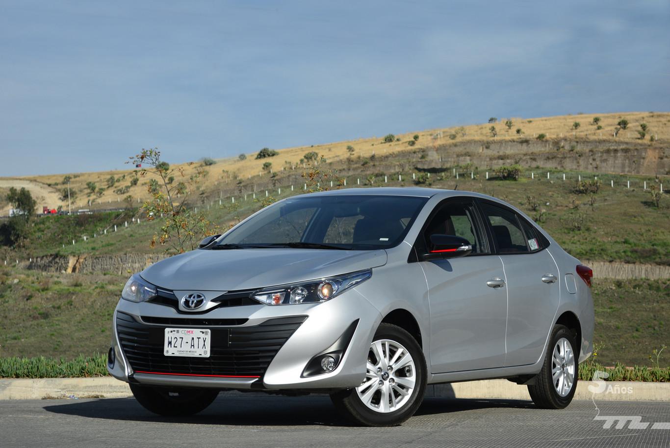 Toyota Yaris Sedan A Prueba Opiniones Caracteristicas Y Precios