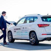 SEAT prueba la red 5G en un Ateca: prevenir accidentes y estar conectados en todo momento es la meta