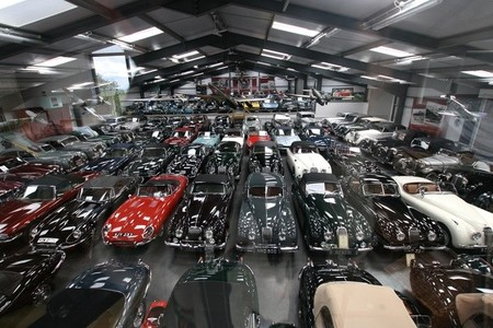 Jaguar Land Rover adquiere la mayor colección privada de clásicos británicos jamás conocida