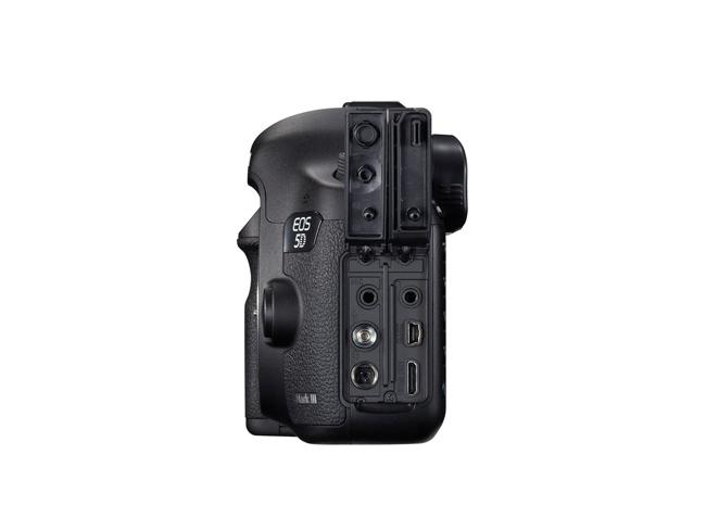 Canon EOS 5D Mark III lateral salidas