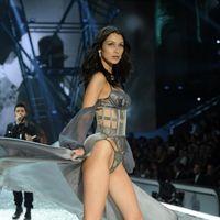 Muriendo de pena con Bella Hadid y The Weeknd en el desfile de Victoria's Secret