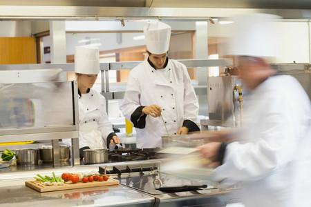 La alta cocina significa mucha tensión: ¿o es que no hemos aprendido nada con los programas de la tele?